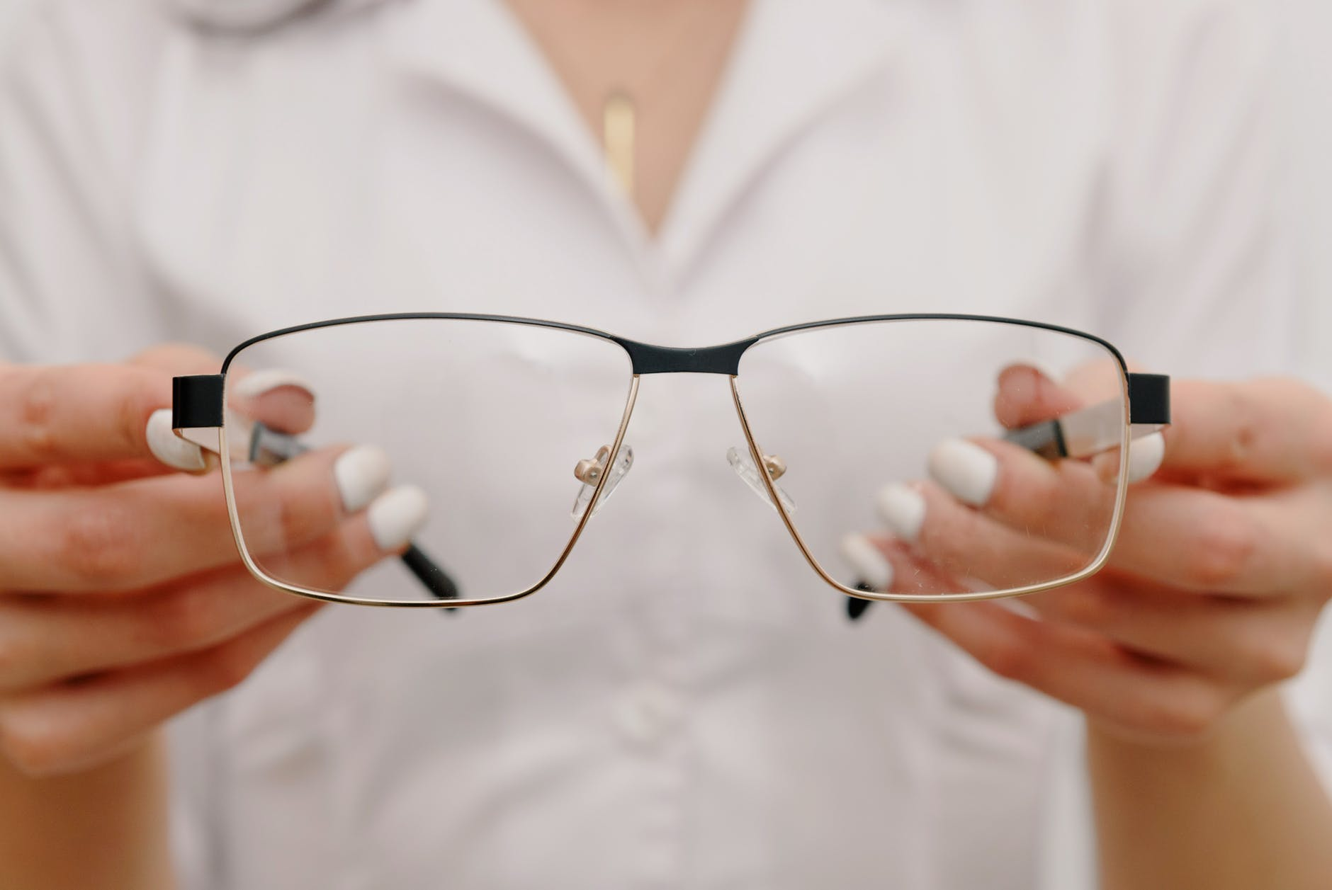 how much do prescription lenses cost and how much do lens cost